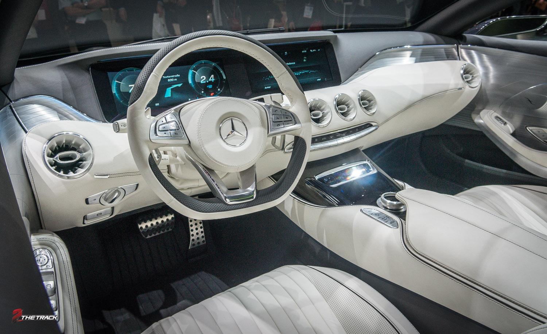 S klasse coupe in concept vorm 2thetrack de plek voor for Mercedes s klasse interieur