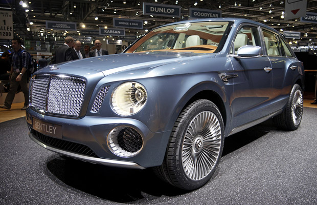 Bentley SUV Concept EXP 9 F