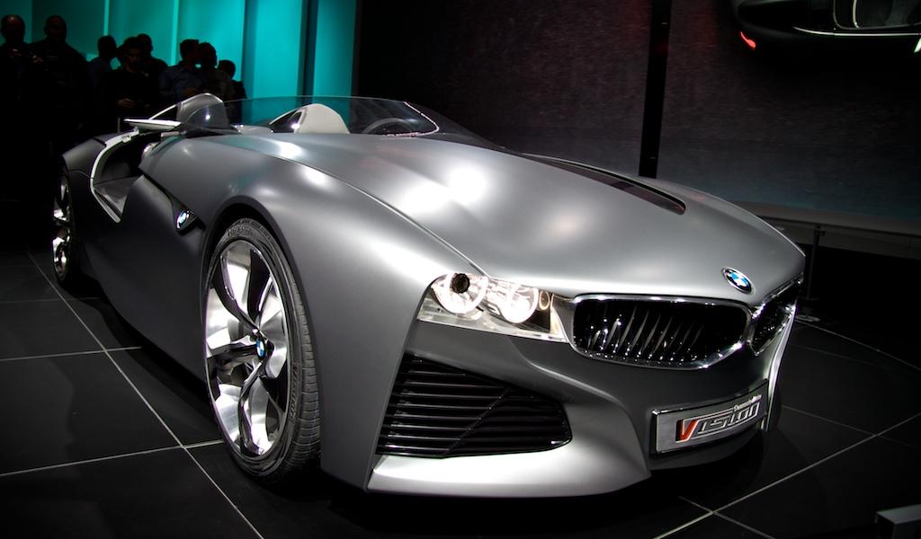In 2011 presenteerde BMW de Connected Drive Vision Concept op de Autosalon Geneve.