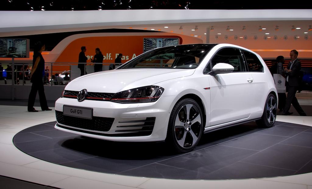 7e generatie van de Golf GTI op de Mondial de l'Automobile 2012.