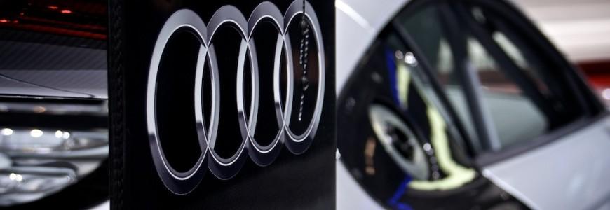 Audi logo R8 LMS Autosalon Geneve 2013 255