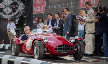 Mooi voorbeeld van een klassieke Ermini, de Siluro Sport aan de start van de Mille Miglia 2011.