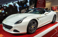 Ferrari California T Autosalon Geneve 2014-1-6
