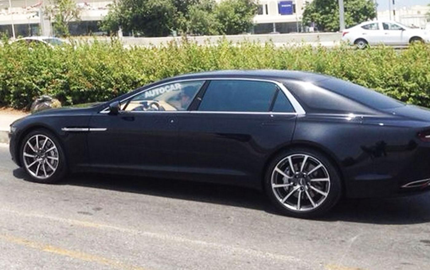 Aston Martin Lagonda gespot in Oman