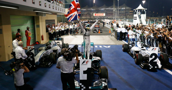 Abu Dhabi grand prix 2014 Yas Marina circuit Mercedes AMG F1 Lewis Hamilton Nico Rosberg-86