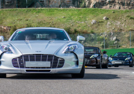 Aston Martin on Track Spa-Francorchamps One-77 vantage-1-2