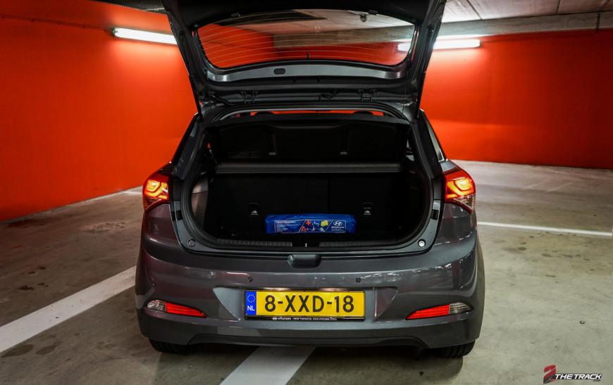 Hyundai i20 kofferbak open