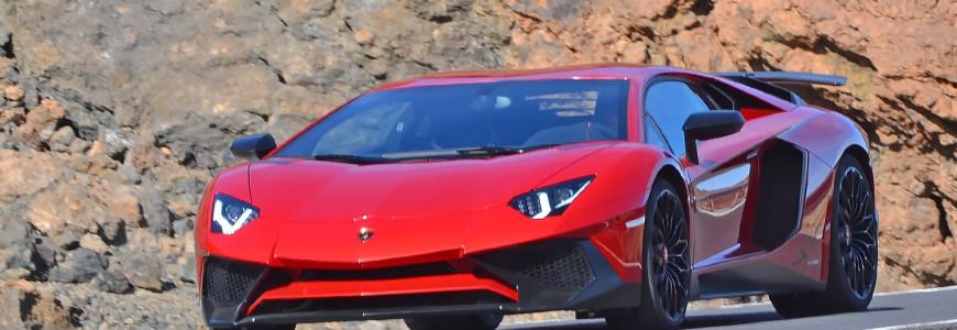 Lamborghini Aventador SV Super Veloce Spyshot Geneva Debut