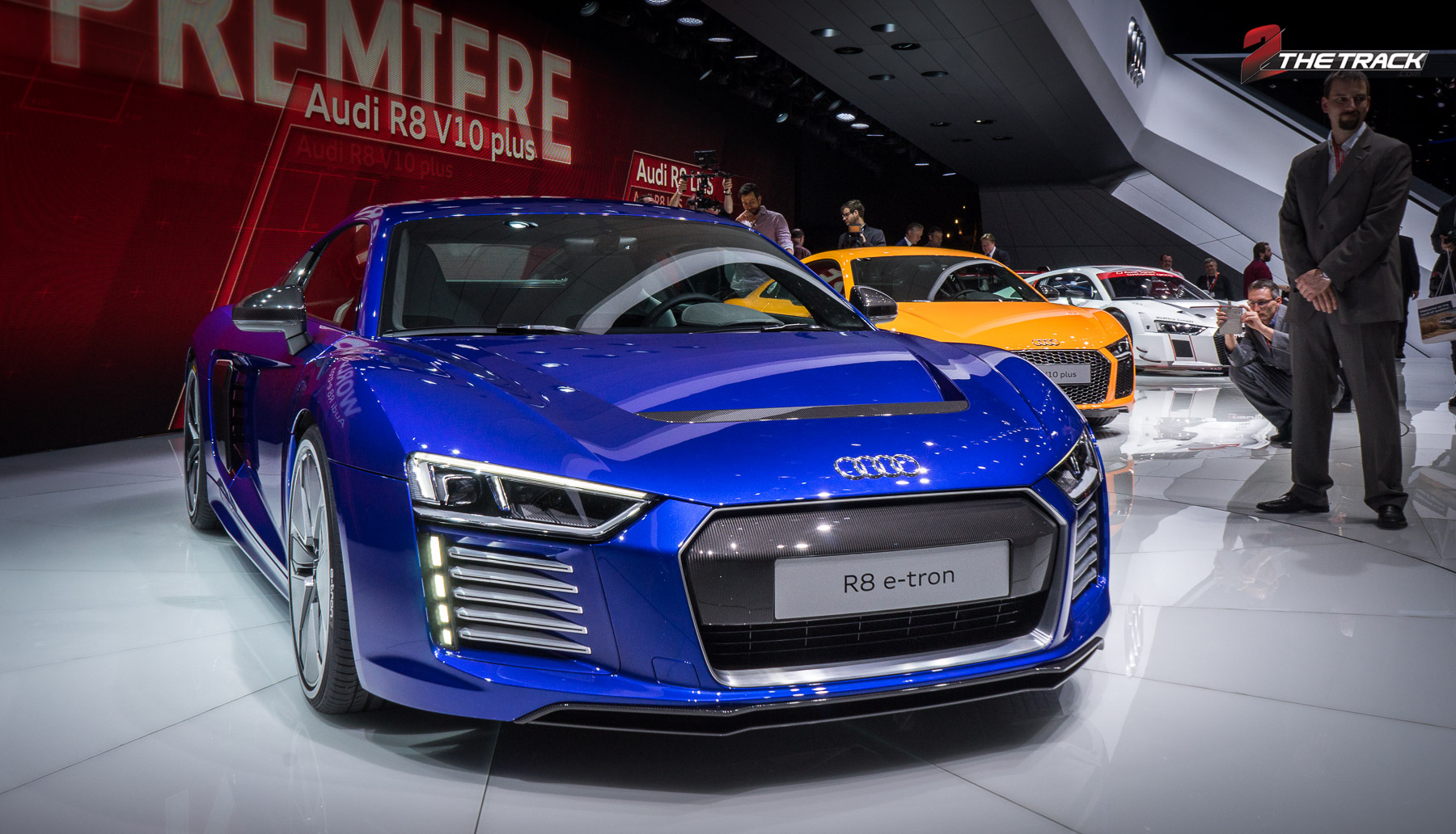 Audi R8 V10 e-tron Geneva Motor Show 2015-1