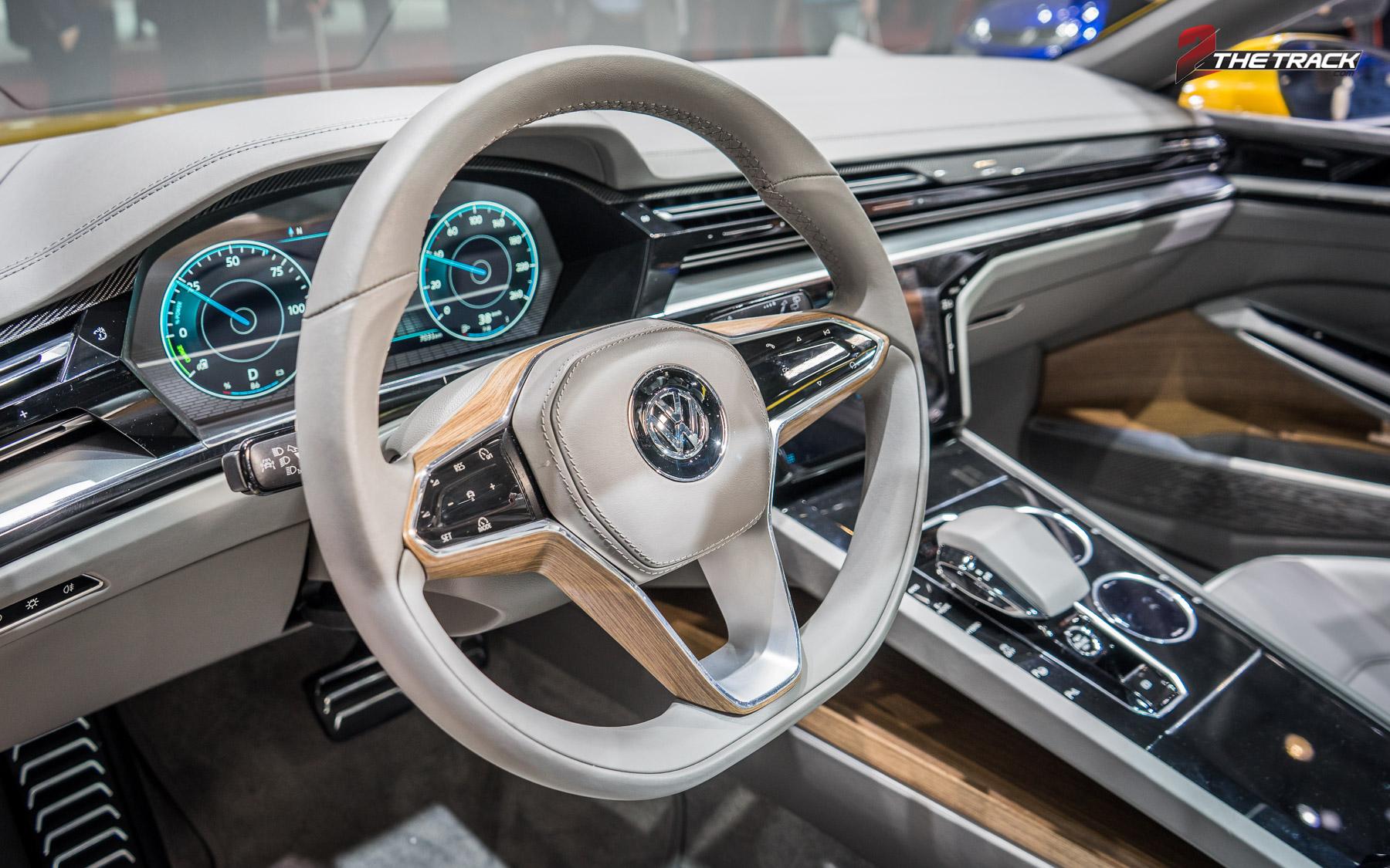 Volkswagen Sport coupe concept GTE Geneva Motor Show 2015-6