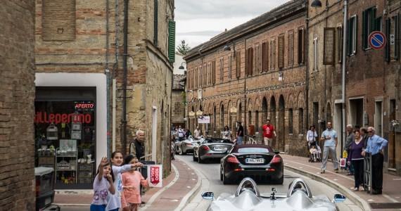 Mercedes-Benz McLaren SLR Stirling Moss Mille Miglia 2015-1