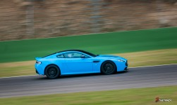 Aston-Martin-on-Track-Spa-Francorchamps-One-77-vantage-10