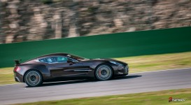 Aston-Martin-on-Track-Spa-Francorchamps-One-77-vantage-22