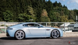 Aston-Martin-on-Track-Spa-Francorchamps-One-77-vantage-25