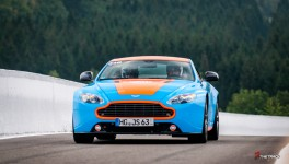 Aston-Martin-on-Track-Spa-Francorchamps-One-77-vantage-3
