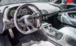 Audi-R8-e-tron-Geneva-Motor-Show-2015-5