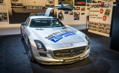 AutoRAI-2015-Mercedes-Benz-SLS-AMG-Formula-1-Safety-Car-1