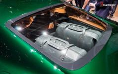 Bentley-EXP-10-Speed-6-Autosalon-Geneva-Motor-Show-2015-21