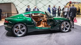 Bentley-EXP-10-Speed-6-Autosalon-Geneva-Motor-Show-2015-31