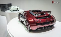 Bugatti-Veyron-Grand-Sport-Vitesse-La-Finale-Geneva-Motor-Show-2015-19
