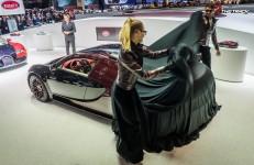 Bugatti-Veyron-Grand-Sport-Vitesse-La-Finale-Geneva-Motor-Show-2015-2