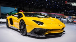 Lamborghini-LP750-4-Aventador-Super-Veloce-SV-Geneva-Motor-Show-2015-4