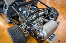 Museo Lamborghini - Lamborghini LP700-4 Aventador Monocoque & Engine