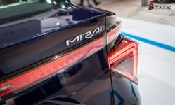 Toyota-Mirai-AutoRAI-2015-1-4
