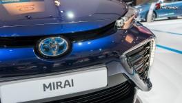 Toyota-Mirai-AutoRAI-2015-1-8
