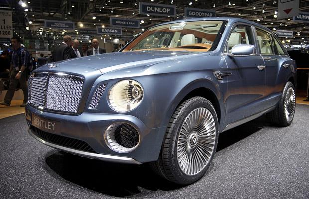 Bentley SUV Concept EXP 9 F