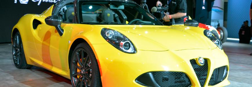 Alfa Romeo 4C Spider Detroit Motor Show 2015 NAIAS